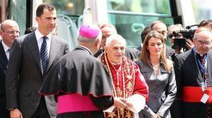 Svaty Otec Benedikt XVI na papezskej navsteve Spanielska na zaciatku novembra 2010