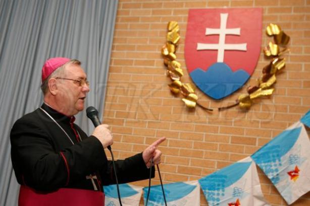 Biskup Gális počas katechézy v Sydney.