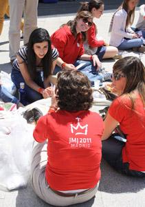 Viac než 900 osôb bude ponáhať s distribúciou stravy na letisku Cuatro Vientos.